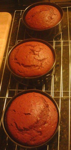 3 Red Velvet cakes